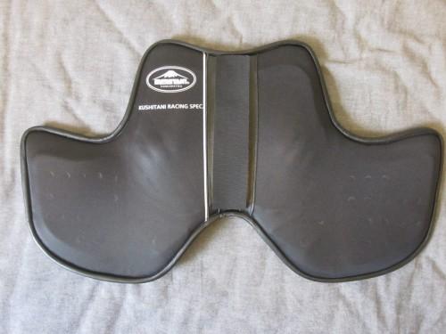 競賽型護胸板  Webike摩托百貨